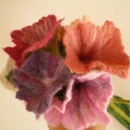 felted flower bouquet -unique moments-