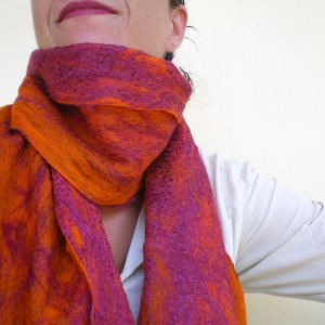 cobweb felted scarf -wine of life-