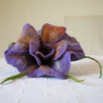 felted flower brooch -purple rain-