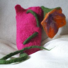felted mobile phone case -Iris-