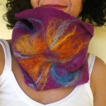 felted neck warmer -ultraviolet-