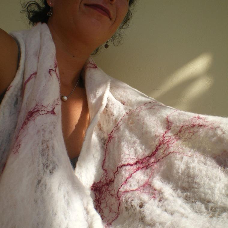 cobweb felted scarf -white snow-