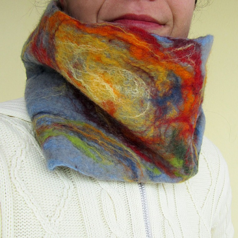 felted neck warmer –miriam-