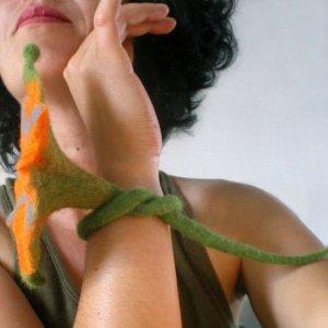 felted flower bracelet -sister Dew-