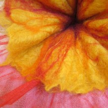 felted flower -summer beginning-