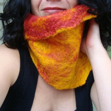 felted neck warmer -mustard and ketchup-