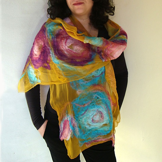 nuno felted scarf -infinity-