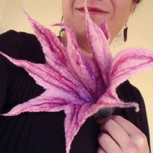 felted flower -pink-